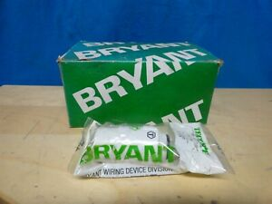 BRYANT TECH - SPEC - CONNECTOR - P/N 5469N - 20 AMPS, 250 VOLTS (LOT OF 10) NEW
