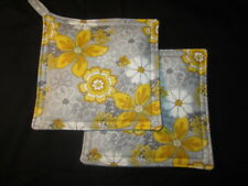 YELLOW WHITE GREY FLOWER HANDMADE FABRIC POTHOLDER HOT PAD SET OF 2