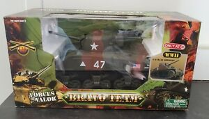 FORCES OF VALOR 1/18 SCALE WWII U.S. M4A3 SHERMAN TANK CAMO