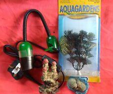 LOT mixte d'aquarium objets-DEL Clip on Light, SM ornements et Plastique Plante