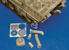 Royal Model 1/35 Tank Exhaust Mufflers Panther Ausf.G / Jagdpanther Family 050