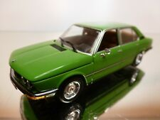 MINICHAMPS BMW 5 SERIES 520 (1927-1976) - GREEN 1:43 - EXCELLENT CONDITION - 17