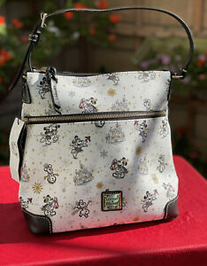 Disney Dooney & Bourke Mickey And Minnie Mouse Holiday Crossbody 2020 NWT