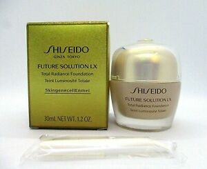 Shiseido Future Solution LX Total Radiance Foundation ~ Golden 3 ~ 1.2 oz / BNIB