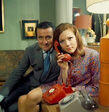 THE AVENGERS DIANA RIGG PATRICK MACNEE PHOTO 02