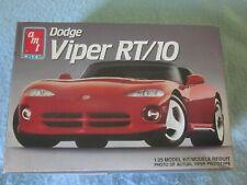 Amt Ertl Dodge Viper Rt/10 1/25 Model Kit