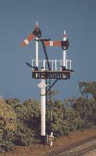 Ratio 468 GWR Round Post Junction or Bracket Signal Kit '00' Gauge Plastic Kit 1