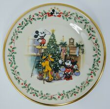 Mickey Minnie Mouse Lenox Holiday Plate Pluto Decorating Tree Christmas Disney