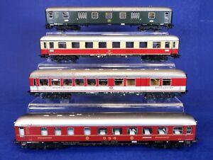 Lot of 4 Marklin HO Scale Metal Passenger Coach Cars