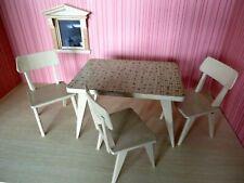 Alter Küchentisch + Stühle 1950er Jahre oder früher ?