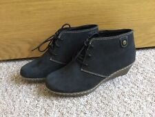 Clarks ladies ankle boots 4.5 D, New
