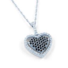 Collares y colgantes de joyería con diamantes en oro blanco corazón