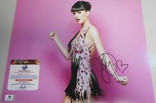 KATY PERRY * GA CERTIFIED * LOOKING HOT  *  HAND SIGNED 11 X 14'