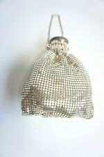 Vintage/ retro ladies 50s glomesh style Whiting & Davis Co silver expandable bag