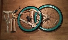 *LIMITED EDITION* NEW BALANCE Unisex, Adult, Retro Mint Green & Cream Fixie Bike
