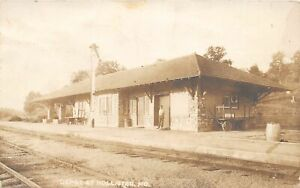 F52/ Hollister Missouri RPPC Postcard c1910 Railroad Depot Station