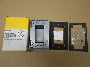 NIB HUBBELL WPFS26 WEATHERPROOF PLATE CAST ALUMINUM FOR GDCI RECEPTACLE(2 AVAIL)