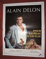 Cinéma. Affiche 40 x 60 cm. Pour la peau d'un Flic. ALAIN DELON. 1982