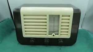 vintage Ekco bakelite radio