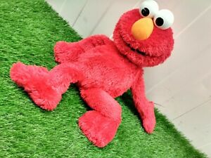 Sesame Street ELMO - Soft Plush Toy (HASBRO)