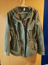 Ladies Divided Jacket. Army Green.  Hooded.  Non smoking home.  Size 8=small/med