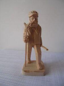 Schnitzfigur Förster 10 cm Schnitzerei Schnitzen Erzgebirgsfiguren Holzfiguren