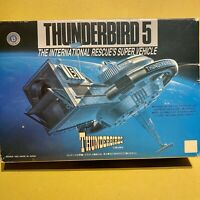 Vintage Japanese BANDAI Thunderbirds THUNDERBIRD 5 Space Station Model Kit 1992