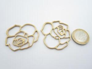 2 connettori forma fiore in zama placcato oro giallo satinato di 45 x 40  mm