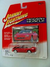 JAGUAR -  JOHNNY LIGHTNING 2000 MODERN MUSCLE SERIES  - 1:64 - OPEN HOOD !!!