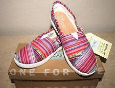 NIB TOMS Classics Slip on Multicolor Shoes Youth Girls Sz. 3.5 Women Sz. 5.5