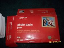 "STAPLES PHOTO BASIC 200 SHEETS 4"" X 6"" GLOSS PHOTO PAPER ITEM # 666176"