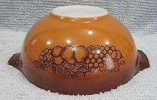 Vintage Pyrex Glass Medium 2.5 qt Old Orchard 443 Cinderella Mixing Bowl FREE SH