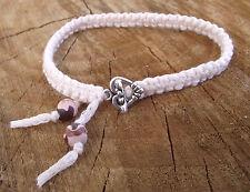 Bracelet noué beige clair  Fermoir petit coeur * FAIT MAIN en France perles fimo