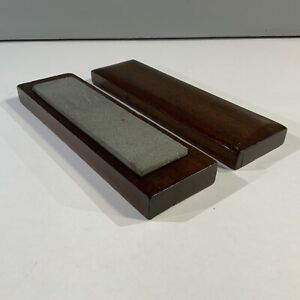 VINTAGE FINE OIL STONE IN MAHOGANY LIDDED BOX FOR HONING SHARPENING