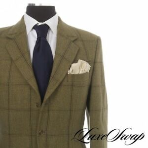 #1 MENSWEAR Stewart Christie Edinburgh Scotland Bespoke Green Tweed Country Suit