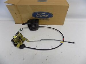 New OEM Ford Windstar Door Handle & Latch Assembly Part F68Z16219A65AA