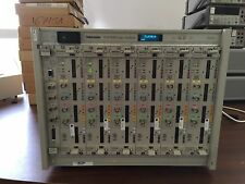 Tektronix TLA7016 Main Frame with 6 Modules of TLA7AA4