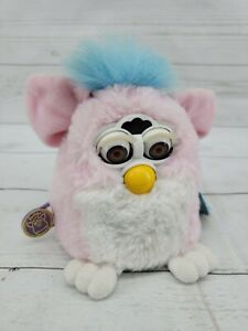 Vtg 1999 Tiger Electronics FURBY PINK Blue Hair Non Working