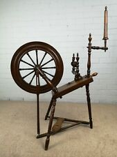 Original Antique 19th Century Spinning Wheel in Oak and Beech