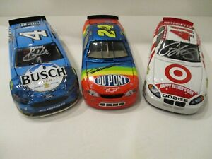 3 JEFF GORDON .. KEVIN HARVICK .. CASEY MEARS .. SIGNED .. 1/24 CARS NO BOXES