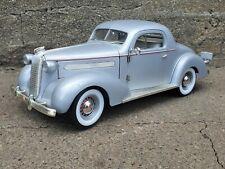 Signature Models 1936 Pontiac Deluxe 1:18 Scale Diecast Model Silver Car