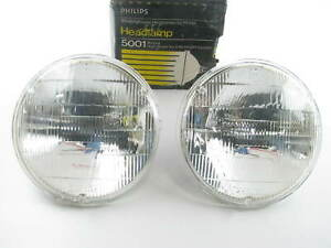 "(2) Philips 5001 Headlight Headlamp Bulb - 50W 12V PAR46 5-3/4"" Diameter"
