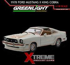 GREENLIGHT 12939 1:18 1978 FORD MUSTANG II KING COBRA 5.0 POLAR WHITE / GOLD