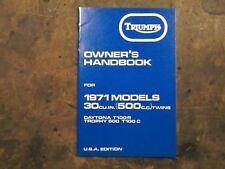 Manuels et carnets d'entretien d'automobiles de 1970 à 1979