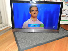"TEAC 26"" LCD/LED DIGITAL TV/Television LEDV26U83HD w Internal DVD & Remote"