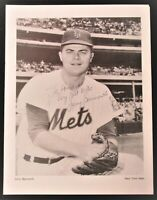 LARRY BEARNARTH {D-1999} 1963-66 New York Mets Pitcher Rare Signed 8.5x11 Photo
