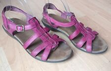 CLARKS WOMENS PINK LEATHER STRAP FLAT  SUMMER SANDALS OPEN SHOES SIZE UK 8 EU 42