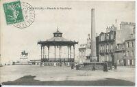 CPA -50 - CHERBOURG - Place de la République