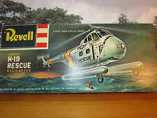 55FP VERY RARE VINTAGE REVELL 1/48 SIKORSY H-19 RESCUE HELICOPTER