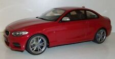 Voitures, camions et fourgons miniatures en résine BMW 1:8
